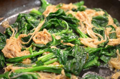 enoki spinach - add spinach