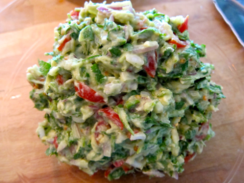guacamole - ready to serve
