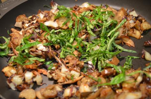 Radicchio+eggplant - add basil